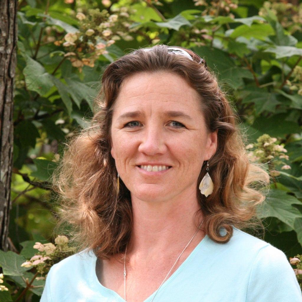 Elizabeth King