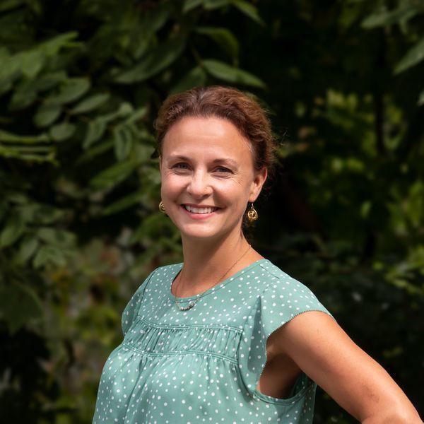 Rebecca Esselman, MS CESD '01
