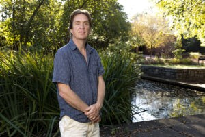 Ecologist studies the forces that shape savannas